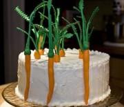 Торт из моркови с грецкими орехами