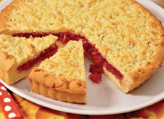 Песочный пирог с вареньем на скорую руку рецепт с фото пошагово
