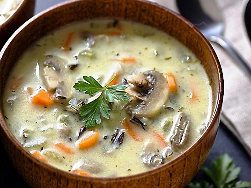 Грибной суп из риса из сушеных грибов