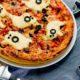 Рецепт пиццы на Хэллоуин с фото — страшно вкусное блюдо